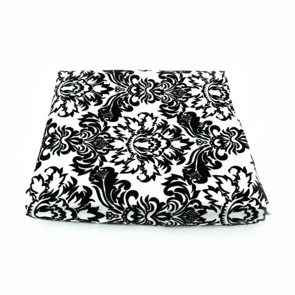 Black and white round table cloth with an elegant damask pattern. 3m x 3m. Can be used as an overlay.