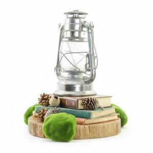 Rustic lamp centrepiece.