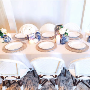 Stunning Hamptons inspired dine in package for 6 people. Treat your friends and family to a dinner party or long lunch in style. Did someone say bubbles?
